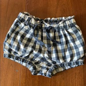 Baby gap 3t navy and white checkered poofy shorts